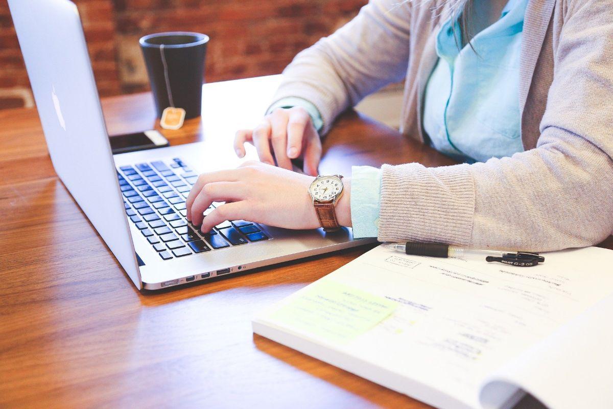 Lo que necesitas estudiar para convertirte en un experto en comercio electrónico